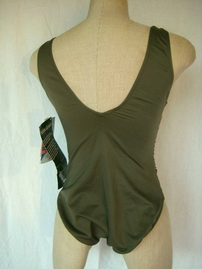 7553a9d5dcfb6 Miraclesuit New Regatta Shaping Swimsuit Size 14 85%OFF - www ...
