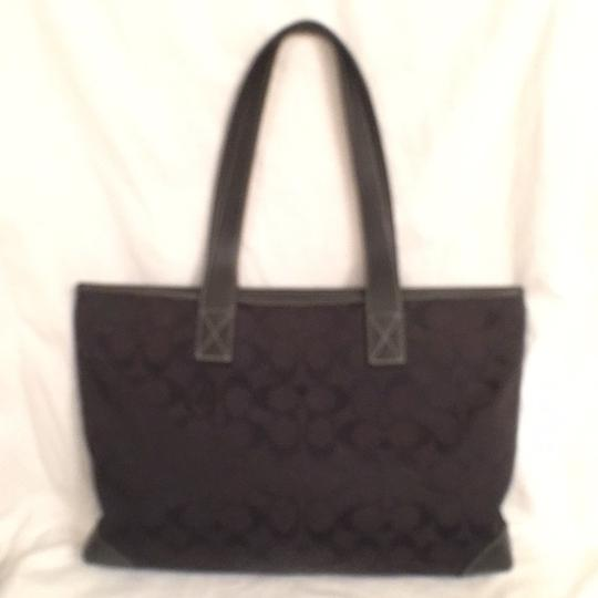 Coach Purse Handbag Satchel Shoulder Signature/Logo Tote in Black