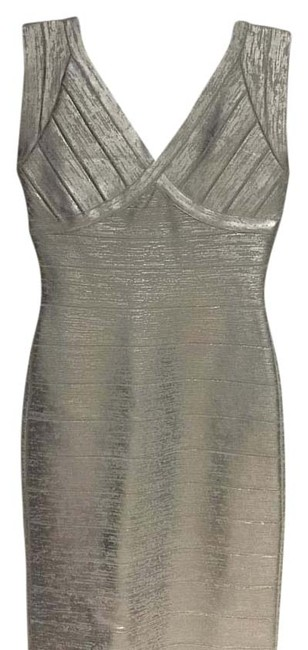 Item - Silver Knee Length Cocktail Dress Size 4 (S)