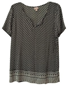 J. Jill V-neck Short Sleeve Geometric Print Top Black White