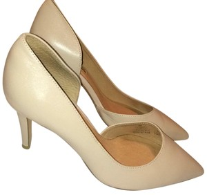 Halogen Blush Pumps