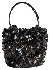 La Regale La Evening Formal Sequins Holiday Wristlet in Black