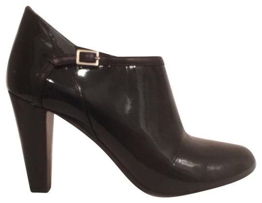 Preload https://img-static.tradesy.com/item/20121452/theory-black-patent-leather-wleather-trim-ankle-bootsbooties-size-us-75-regular-m-b-0-1-540-540.jpg
