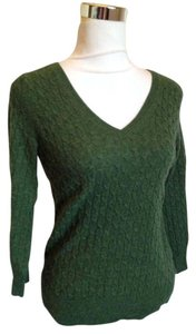 Banana Republic Wool Merino V-neck Cable Knit Sweater