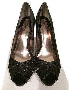 Alfani Black Pumps