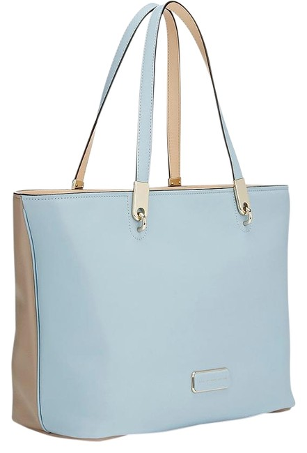 Item - Colorblock Light Blue / Taupe Supple Grained Leather Tote