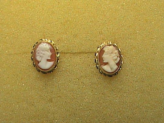 Other 14k Yellow Gold Cameo Stud earrings Image 1