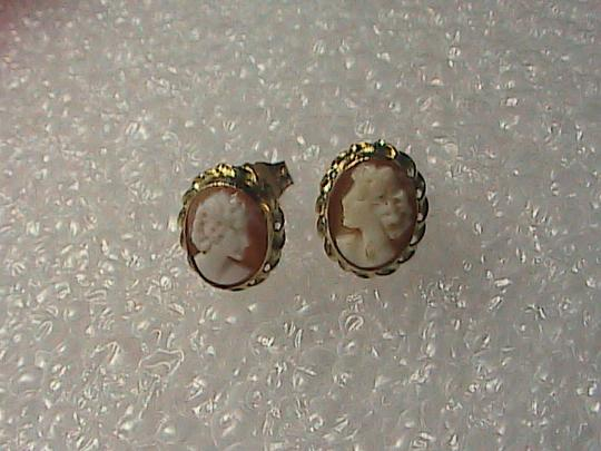 Other 14k Yellow Gold Cameo Stud earrings Image 6