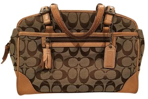 Coach Satchel in Khaki/Brown/Tan