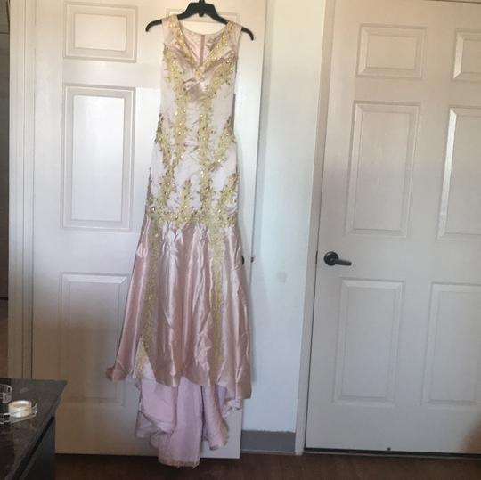 Preload https://img-static.tradesy.com/item/20122432/pink-gold-satin-formal-bridesmaidmob-dress-size-4-s-0-1-540-540.jpg