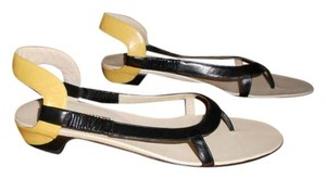 Salvatore Ferragamo Limited Edition Elegant Buttery Soft Nero/Vanilla Sandals