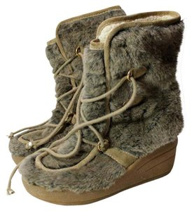Juicy Couture Beige Boots