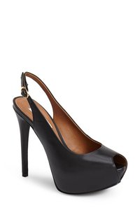 Steve Madden Box Included Black Leather Sandals