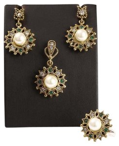 Other NEW EMERALD TOPAZ MAJORCA PEARL SET 925K