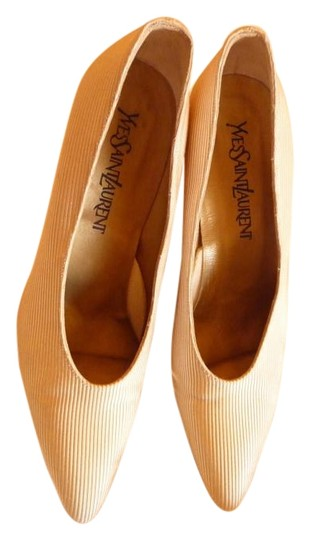 Preload https://img-static.tradesy.com/item/20124195/saint-laurent-champagne-classic-pumps-size-us-8-narrow-aa-n-0-1-540-540.jpg