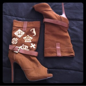 Dollhouse Brown Gold Boots