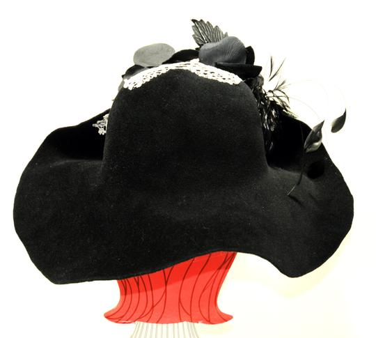 Hand Made One of a Kind Picture Frame Wide Brim Hat 100% Wool, Finest Fur Felt Hand Made Image 4