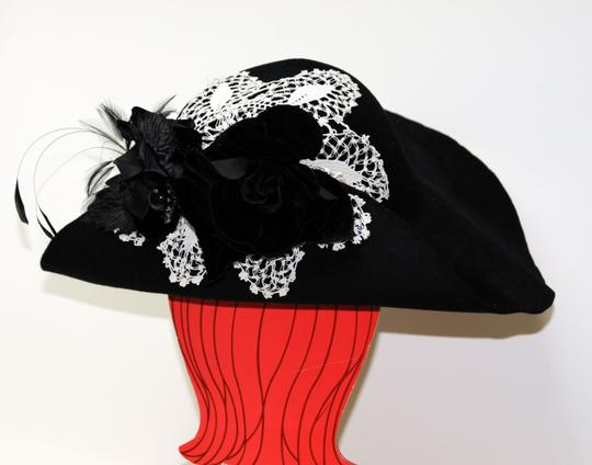 Hand Made One of a Kind Picture Frame Wide Brim Hat 100% Wool, Finest Fur Felt Hand Made Image 5