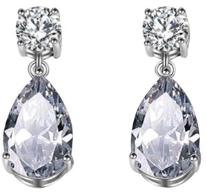 Ladies 2.5ct Pear Shaped AAA CZ drop Earrings