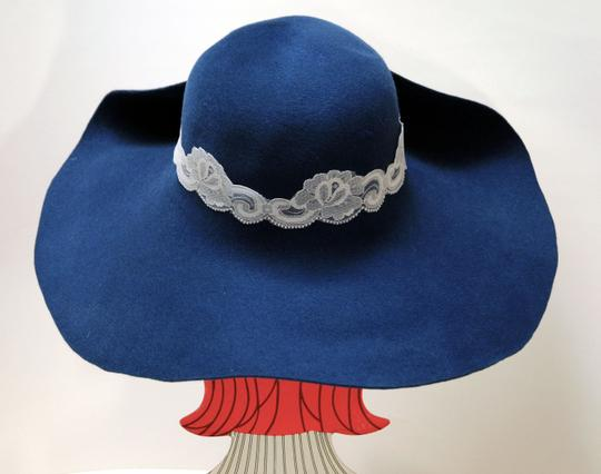 Hand Made One of a Kind Picture Frame Wide Brim Hat 100% Wool, Finest Fur Felt Hand Made Image 3