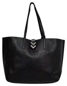 Mackage Leather Aggie Tote in Black