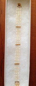 Other Freshwater cultered Pearls with 14K Gold Bracelet