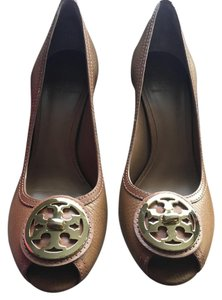 Tory Burch Pumps Brown Tan Wedges