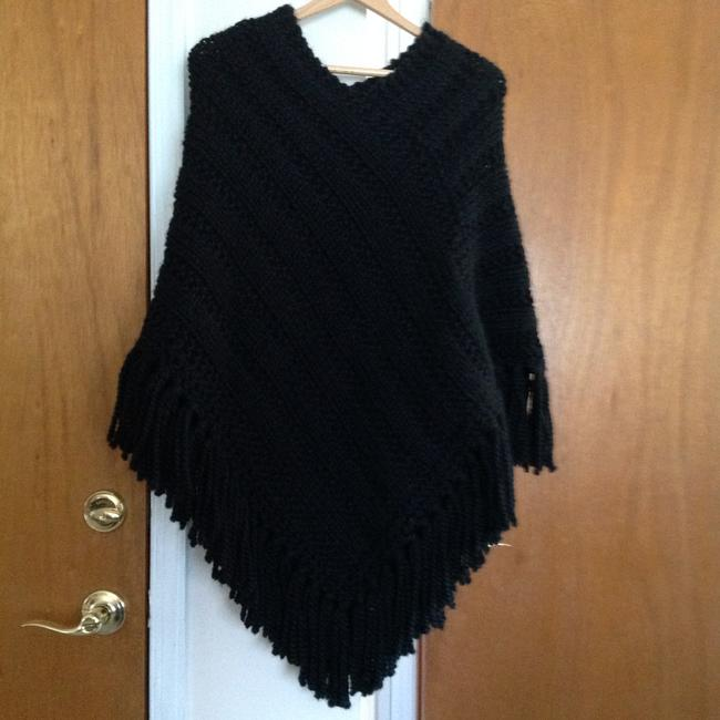 Other Wool Knitted Handmade Cape Image 0
