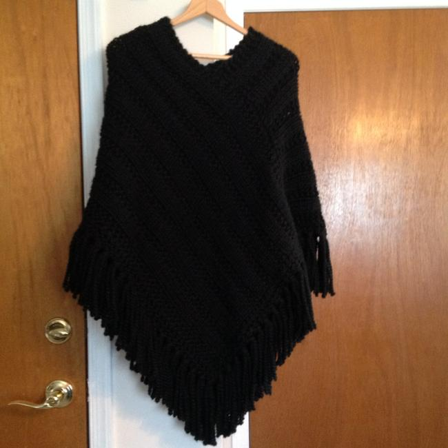 Other Wool Knitted Handmade Cape Image 1