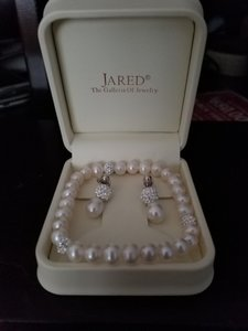 Jared Jared Pearl Earring And Bracelet Set