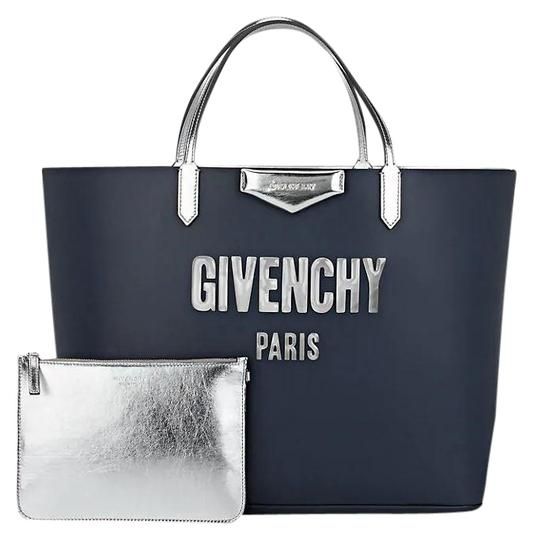 Preload https://img-static.tradesy.com/item/20125307/givenchy-classic-antigona-smooth-logo-top-handle-silver-metallic-pouch-navy-leather-tote-0-1-540-540.jpg