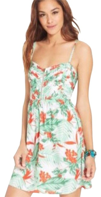 Preload https://img-static.tradesy.com/item/20125774/roxy-mint-honolulu-floral-thing-above-knee-short-casual-dress-size-8-m-0-11-650-650.jpg