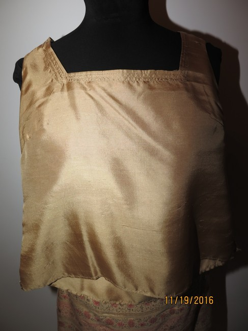 Other 5 pieces Silk Gold Skirt Suit Image 1