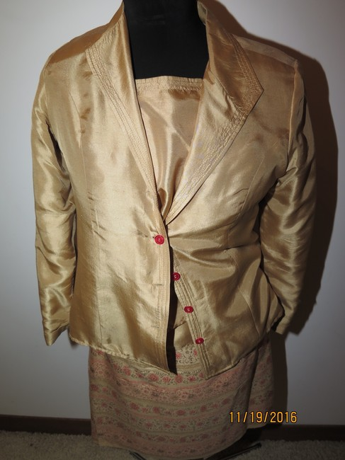 Other 5 pieces Silk Gold Skirt Suit Image 4