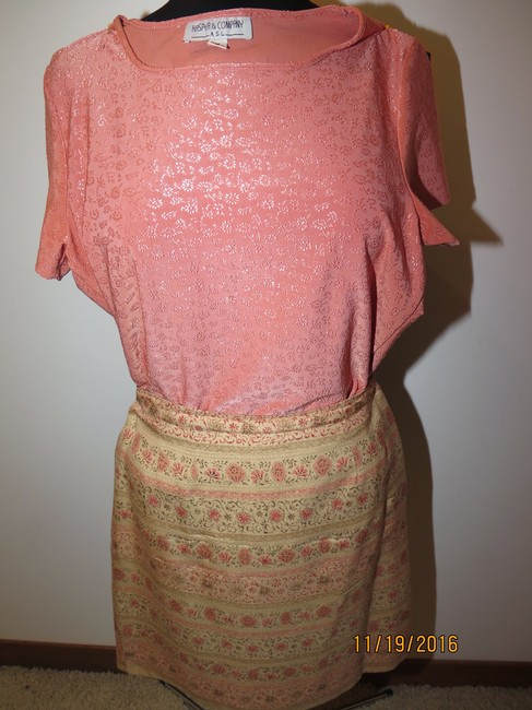Other 5 pieces Silk Gold Skirt Suit Image 7