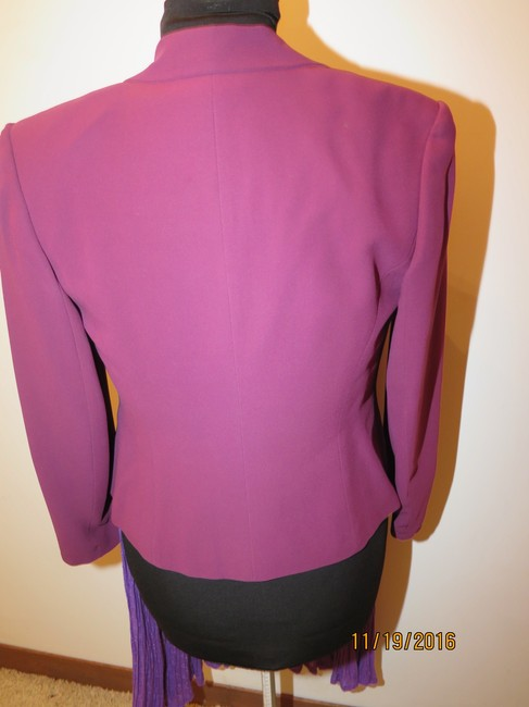 Casual Corner 6 piece Casual Corner Couture Purple Raspberry Red knit top earrings Image 1