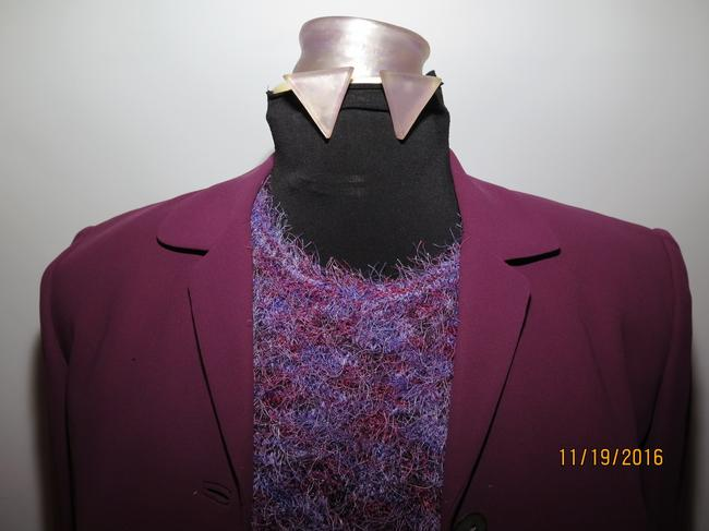 Casual Corner 6 piece Casual Corner Couture Purple Raspberry Red knit top earrings Image 3