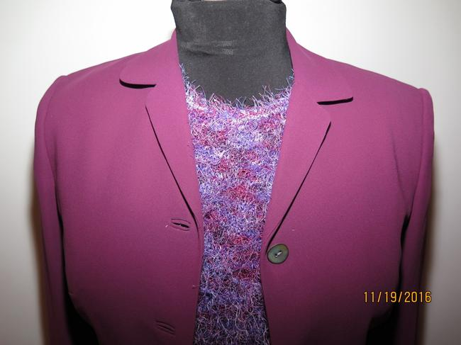 Casual Corner 6 piece Casual Corner Couture Purple Raspberry Red knit top earrings Image 4