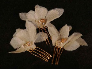 Set Of 3 Bone Hair Flowers