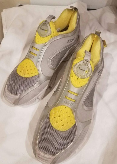 Reebok Sneaker Pump Yellow and Gray Athletic Image 3