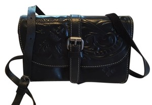 Patricia Nash Designs Leather Hand Tooled Embossed Cross Body Bag