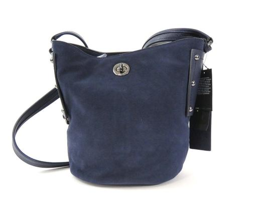 Preload https://img-static.tradesy.com/item/20127003/marc-by-marc-jacobs-bucket-india-ink-suede-and-leather-shoulder-bag-0-1-540-540.jpg