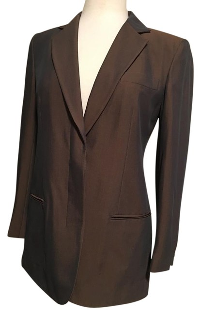 Preload https://img-static.tradesy.com/item/20127457/dkny-brown-classic-notched-collar-slit-pocket-vented-back-blazer-size-4-s-0-1-650-650.jpg