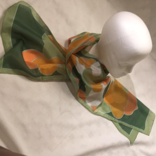Woolworth original-price-tag 60s or 70s long Italian scarf Image 8