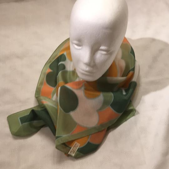 Woolworth original-price-tag 60s or 70s long Italian scarf Image 9