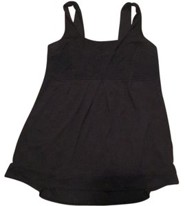 Lululemon black tank