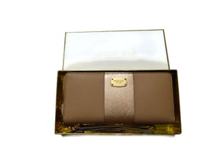 Michael Kors Wallet Wristlet in Dark Camel/Gold