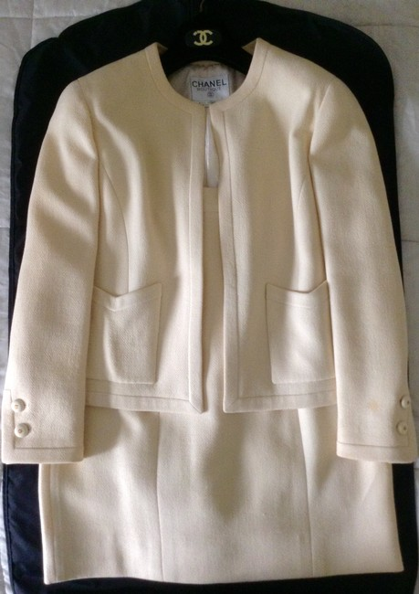 "Chanel CHANEL Vintage ""Collection 28, Style 20795"" Skirt Suit Cream Wool"