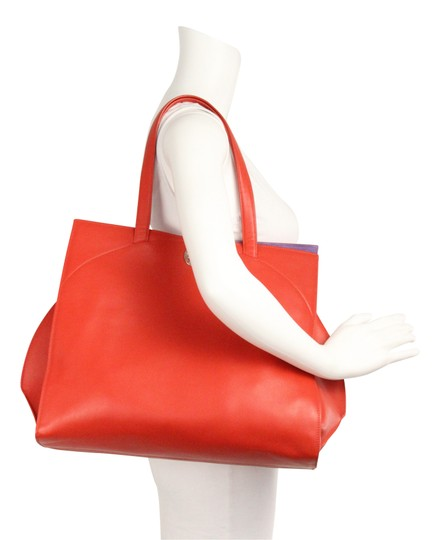 BVLGARI Tote in Red Image 10