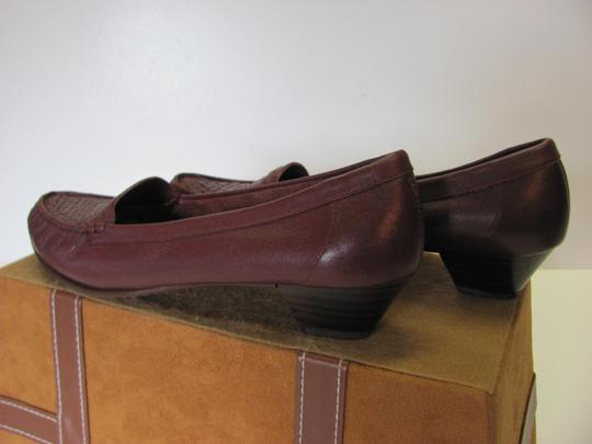 Trotters Leather Size 8.50 Slim Good Condition Brown Flats Image 4